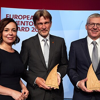 "Patent Office President Mariana Karepova with Klaus Feichtinger and Manfred Hackl, winners of the European Inventor Award 2019 in the category ""Industry"". Photo credit: European Patent Office"