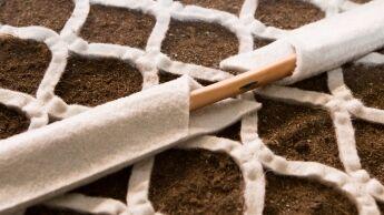 Wassersparendes unterirdisches Bewässerungssystem für Pflanzen und Grünflächen
