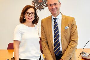 Bundesminister Norbert Hofer und Patentamtspräsidentin Mariana Karepova
