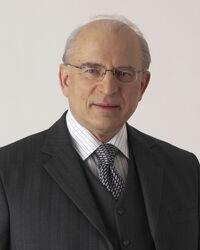 Dr. Claus Raidl